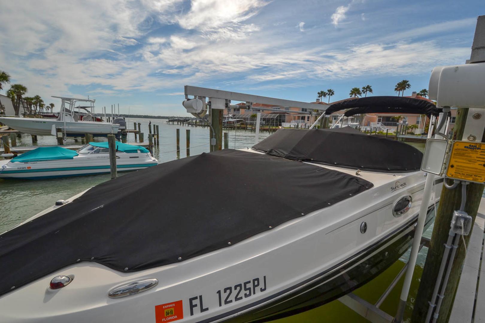2012 Sea Ray 260 SunDeck-3.jpg
