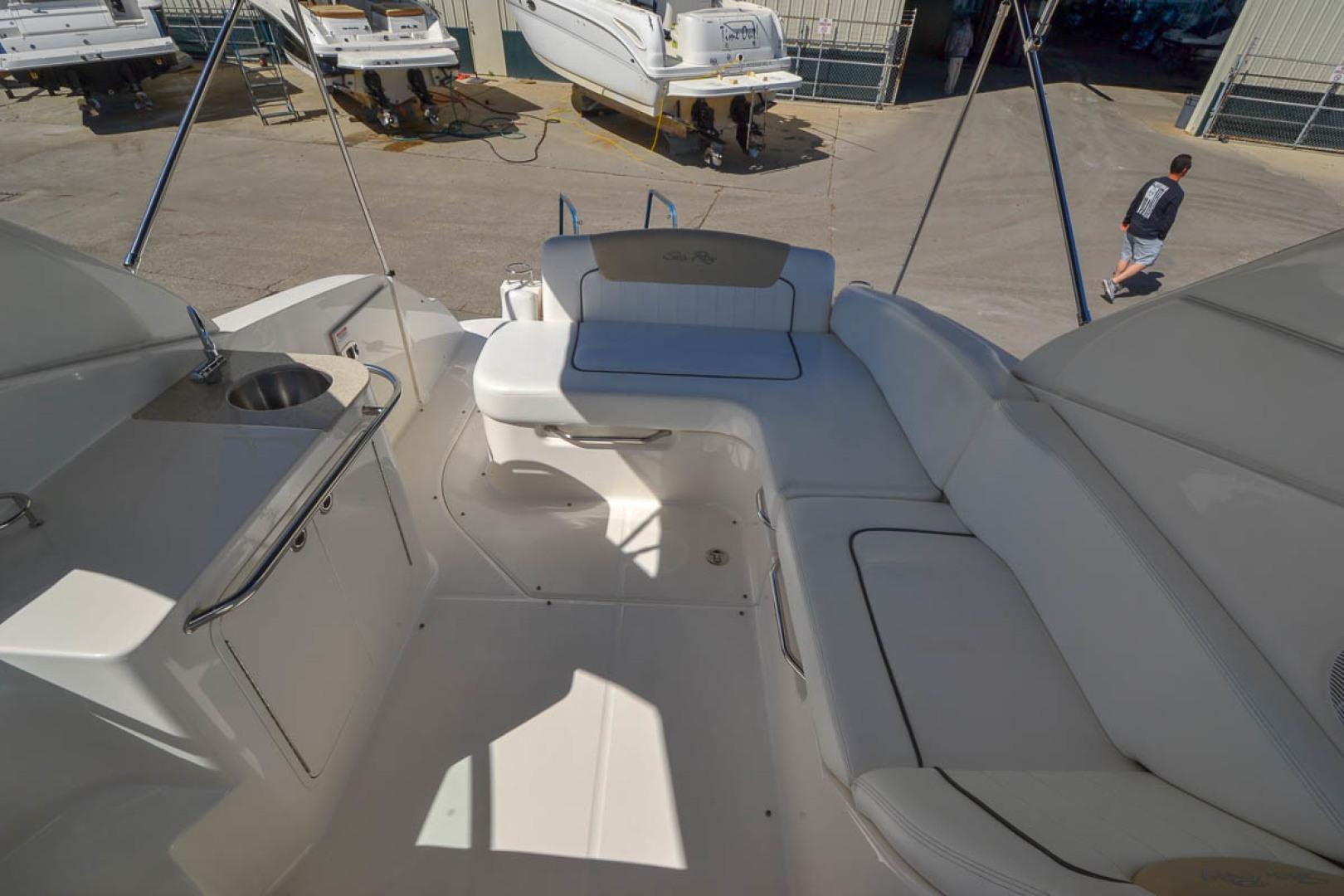 2009 Sea Ray 270 Sundancer-36.jpg
