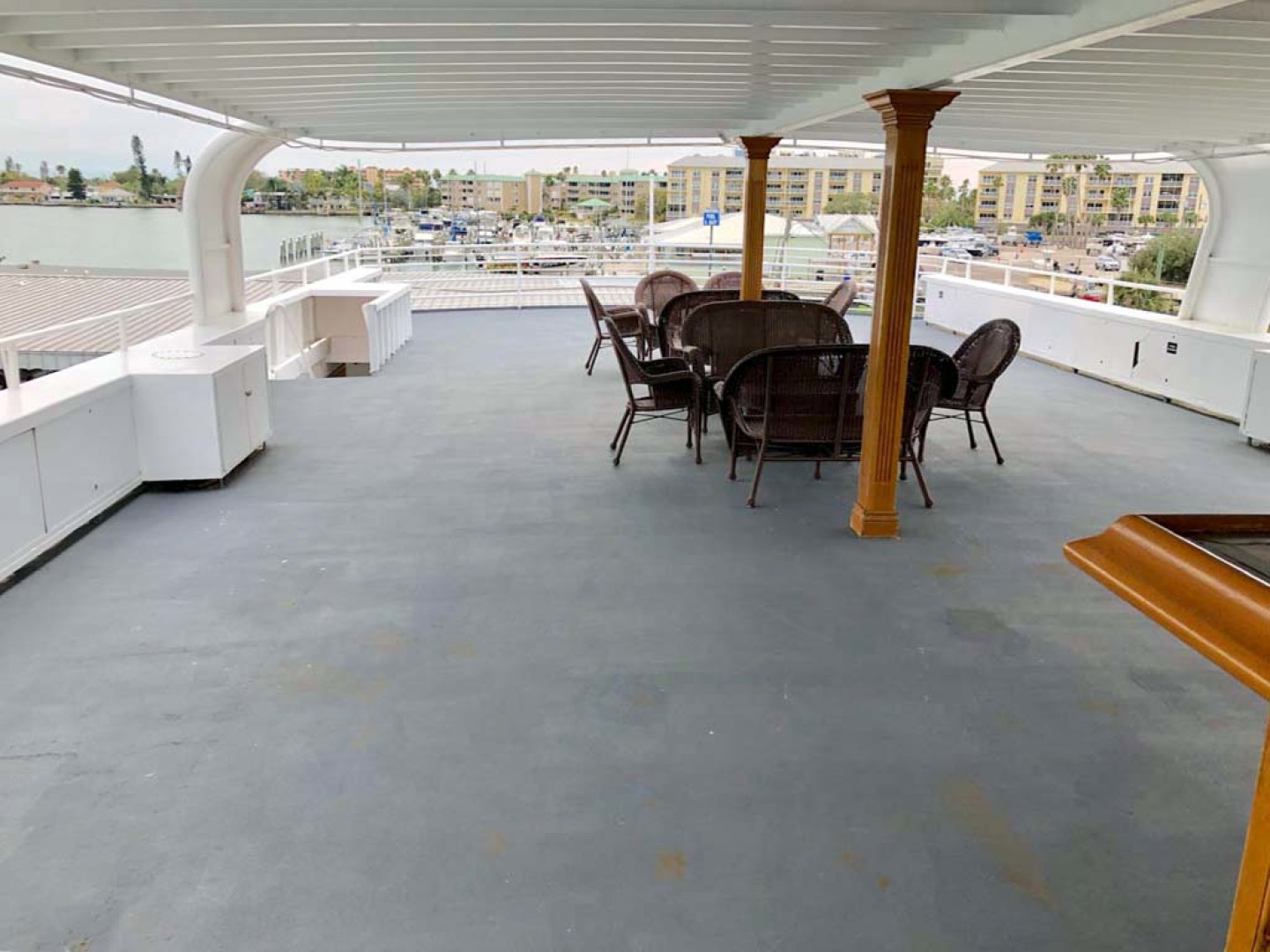 Custom-Keith Marine Dinner Boat 2006-Sir Winston Tampa-Florida-United States-Deck 4 Sky Lounge-1115567 | Thumbnail