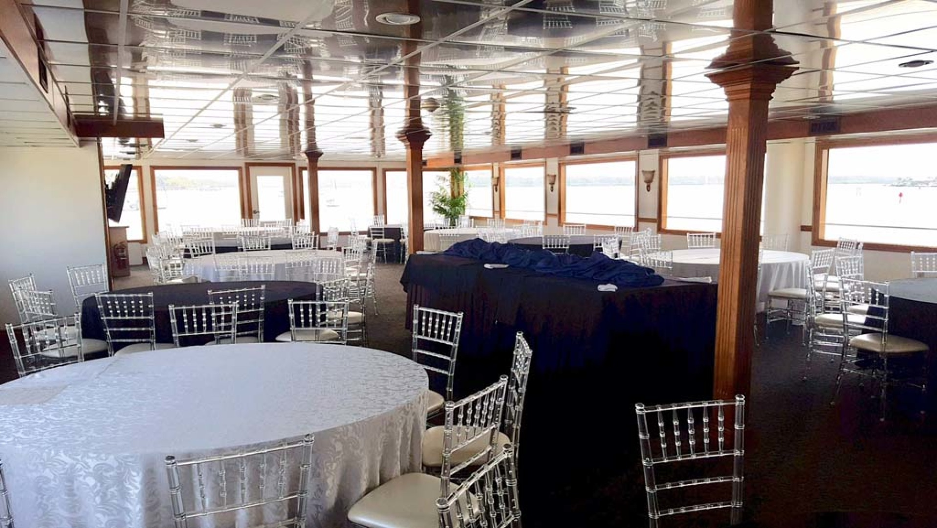 Custom-Keith Marine Dinner Boat 2006-Sir Winston Tampa-Florida-United States-Deck 2 The Crystal Room-1115550 | Thumbnail