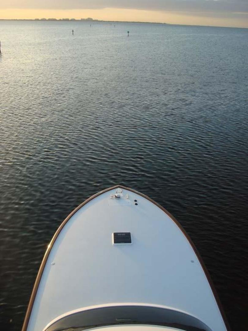 F&S-Convertible 2013-Triple F Coral Gables-Florida-United States-Foredeck-1016952 | Thumbnail