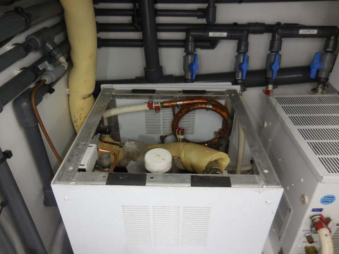 F&S-Convertible 2013-Triple F Coral Gables-Florida-United States-ER  Icemaker-1016968   Thumbnail