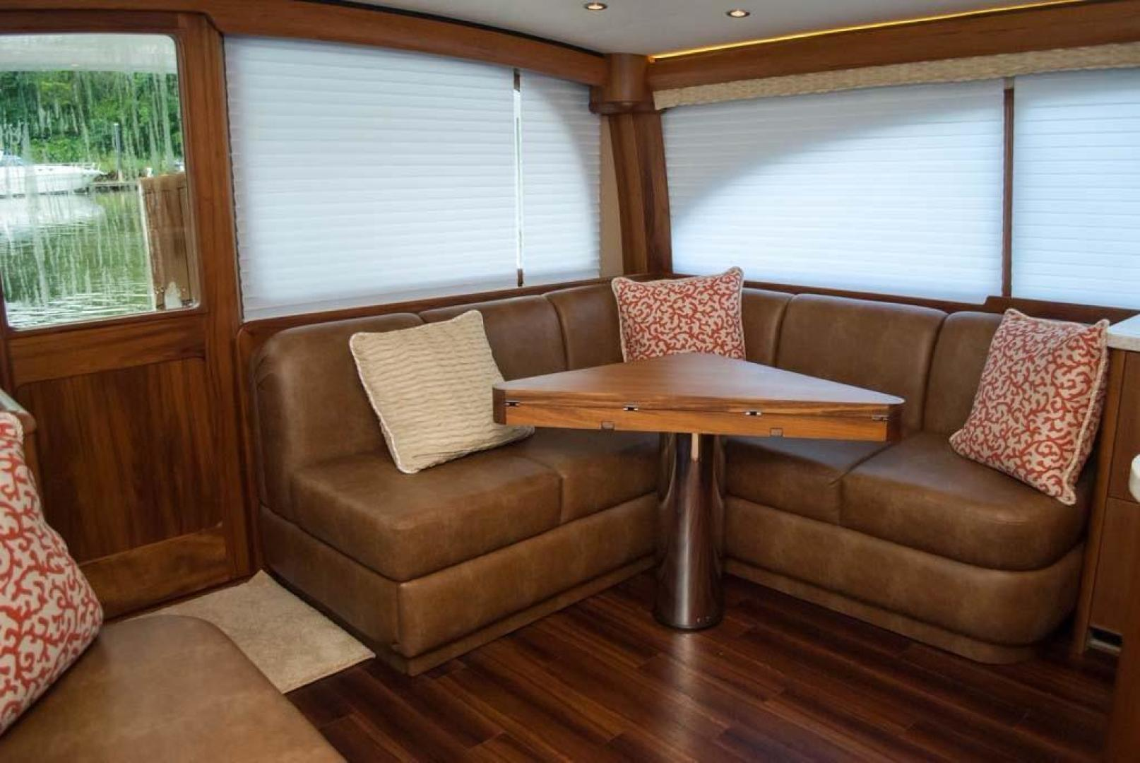 F&S-Convertible 2013-Triple F Coral Gables-Florida-United States-Salon Port Aft Settee and Table-1016942 | Thumbnail