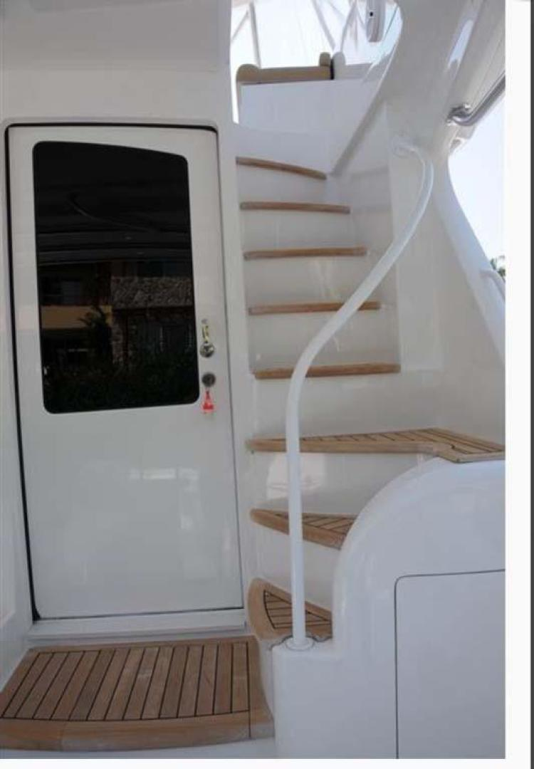 Viking-Convertible 2013-My Way Aventura-Florida-United States-Stairs to Flybridge-368800 | Thumbnail
