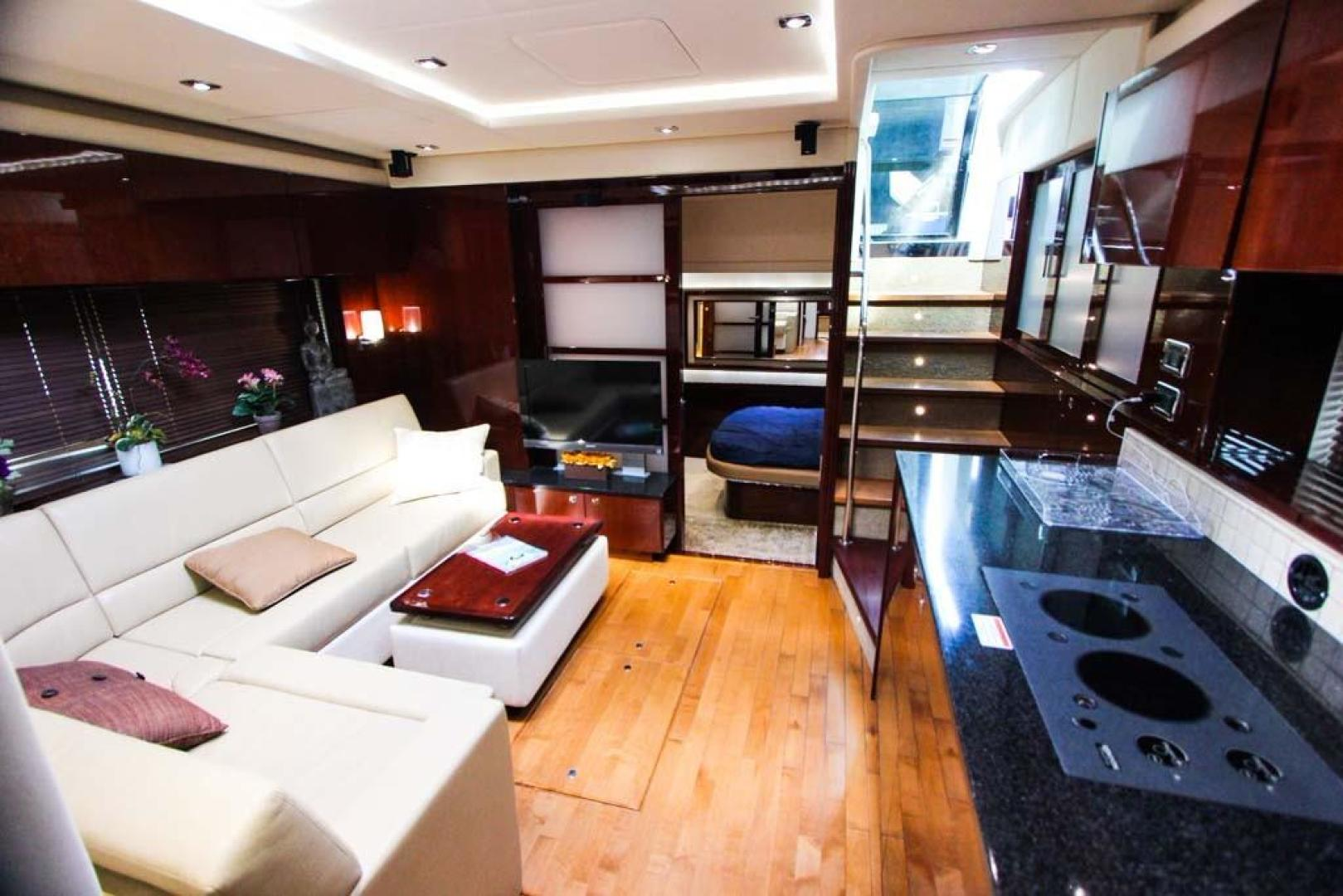 Sea Ray-540 Sundancer 2011-XS Miami-Florida-United States-Salon Looking Aft-918514 | Thumbnail