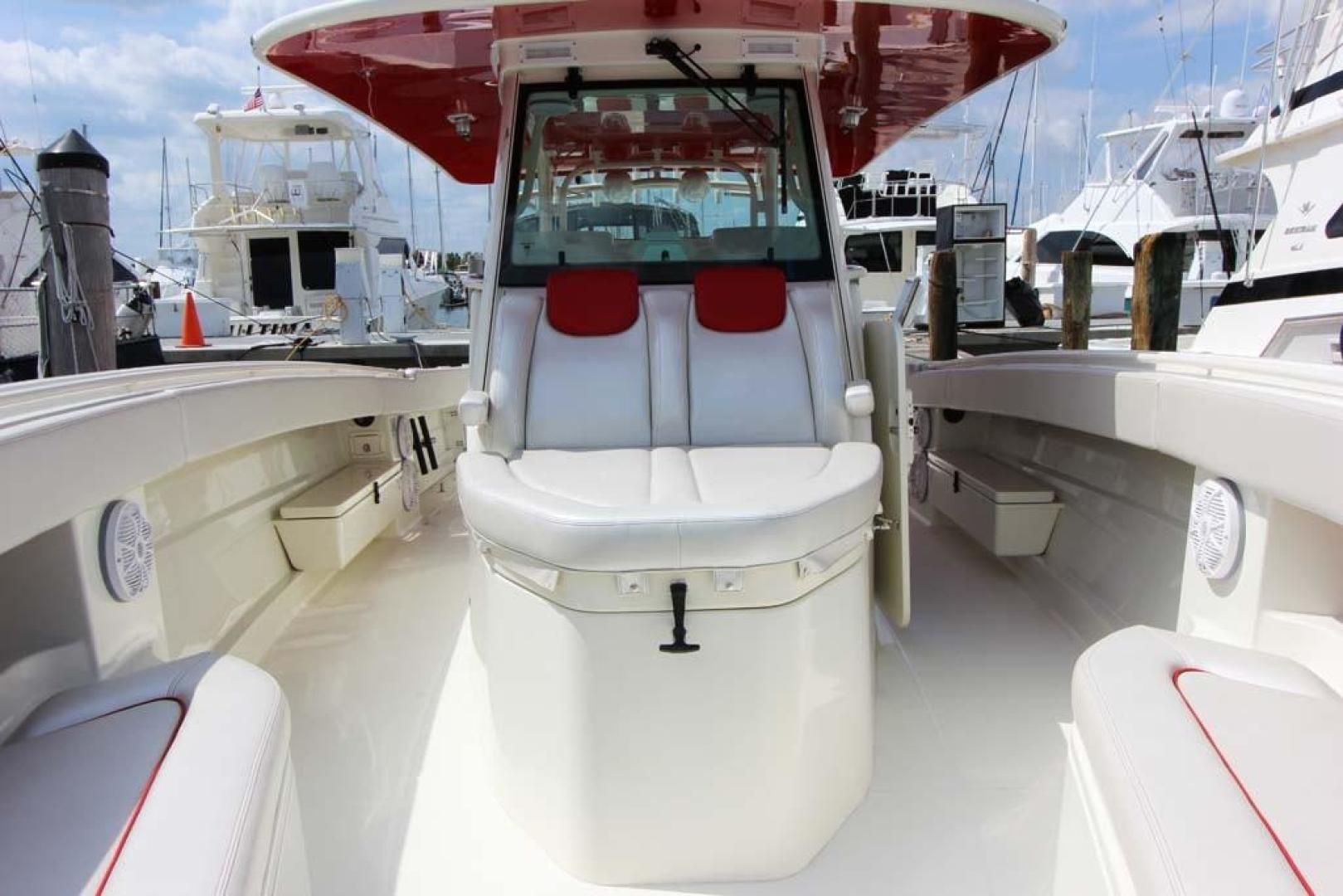 Hydra-Sports-Center Console 2015-Flash Coconut Grove-Florida-United States-Looking Aft-368851 | Thumbnail