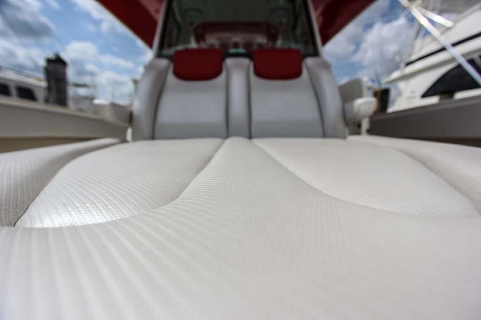 Hydra-Sports-Center Console 2015-Flash Coconut Grove-Florida-United States-Forward Seat-368853 | Thumbnail
