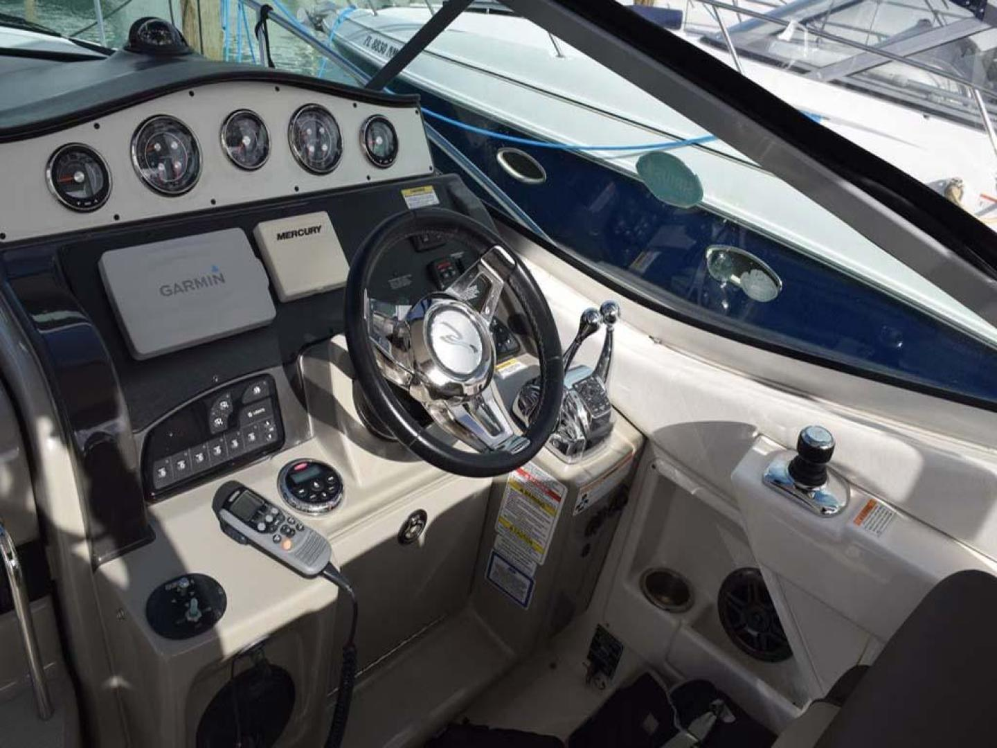 Sea Ray-Sundancer 2015-Webfoot Miami-Florida-United States-Helm Area-369614 | Thumbnail