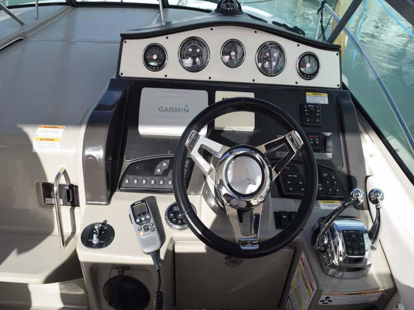Sea Ray-Sundancer 2015-Webfoot Miami-Florida-United States-Helm Area-369615 | Thumbnail
