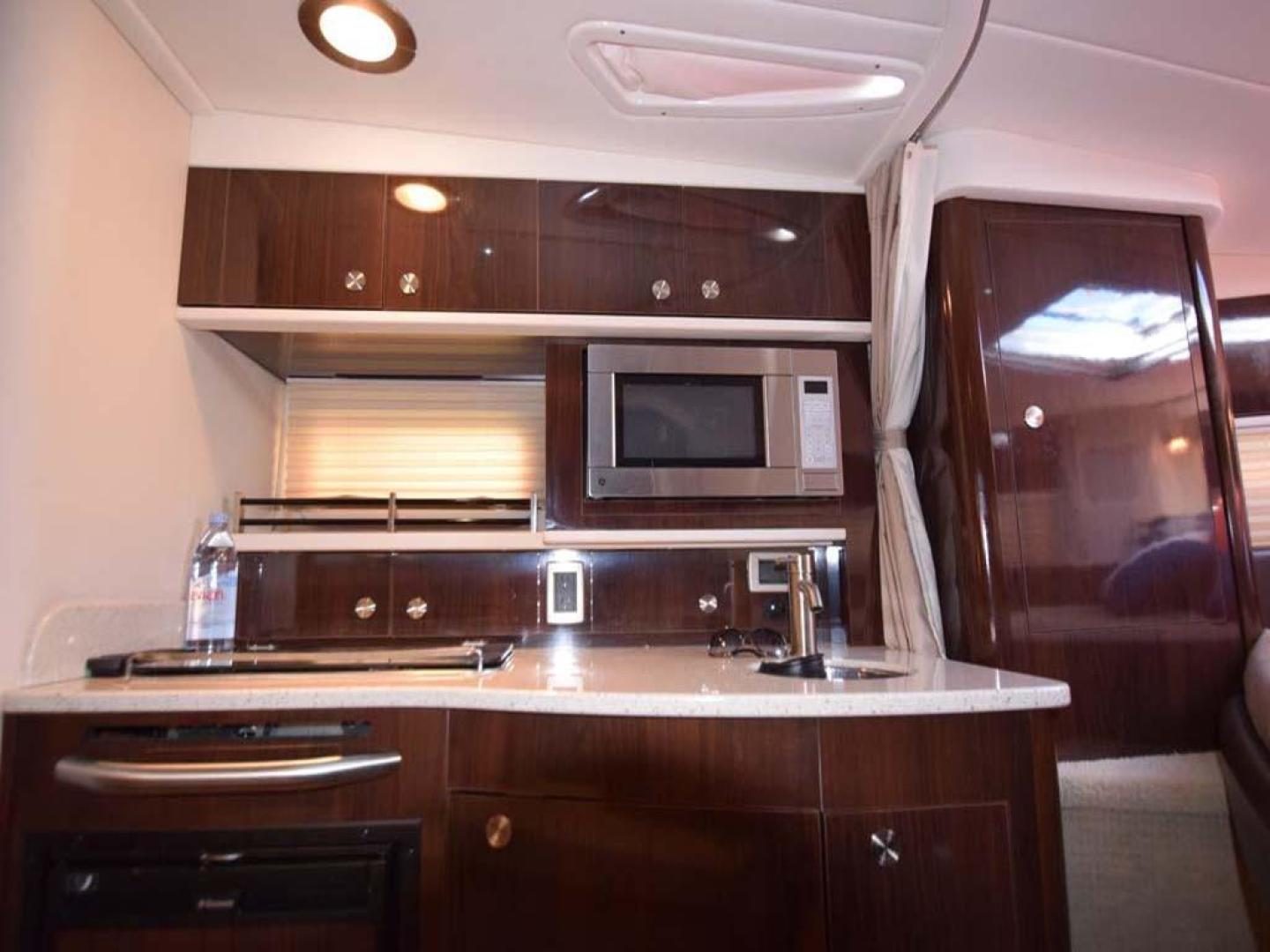 Sea Ray-Sundancer 2015-Webfoot Miami-Florida-United States-Galley-369629 | Thumbnail