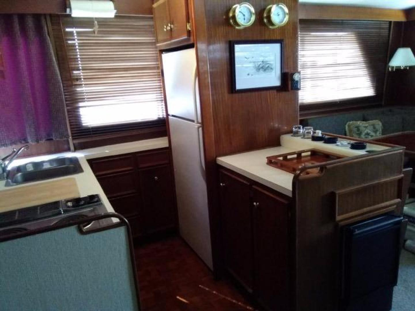 Hatteras-50 Convertible 1981 -Stuart-Florida-United States-Galley Aft-372068 | Thumbnail