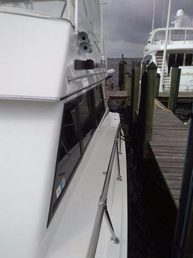Hatteras-50 Convertible 1981 -Stuart-Florida-United States-Side Deck-372094 | Thumbnail