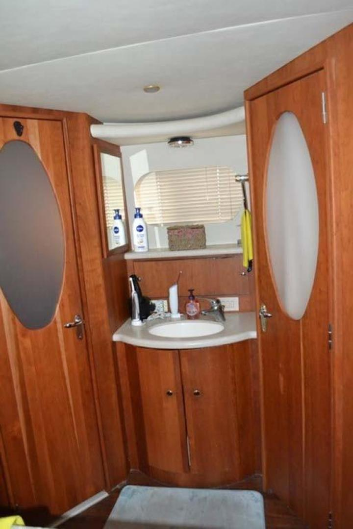Silverton-Motor Yacht 2003-Tropical Breeze Daytona-Florida-United States-Master Vanity-924695 | Thumbnail