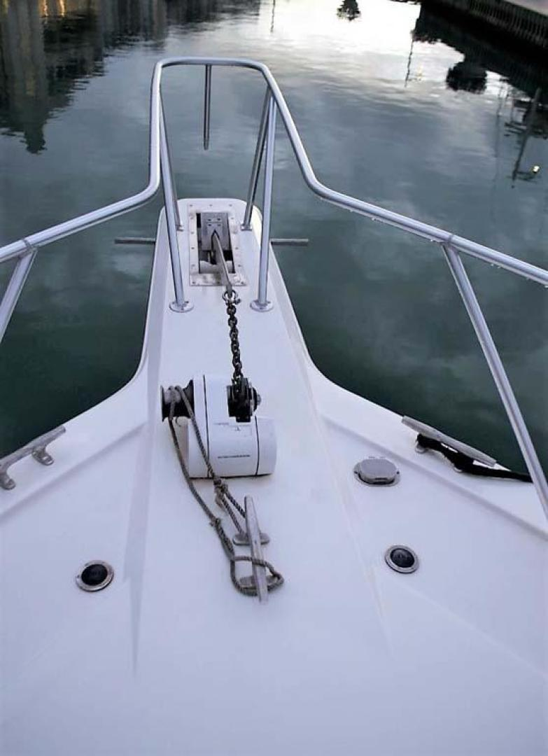 Ocean-Yachts-53-Super-Sport-1998-Made-in-the-Shade-Stuart-United-States-Windlass-929972