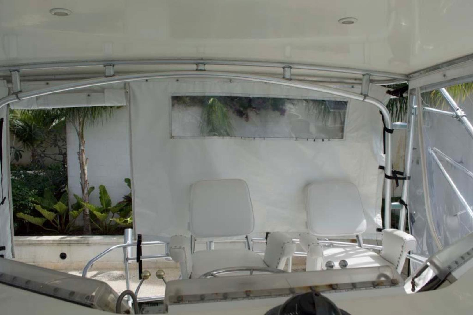 Bertram-43 Convertible 1989-Lady D St. Peter-Barbados-Helm Chairs-930060 | Thumbnail