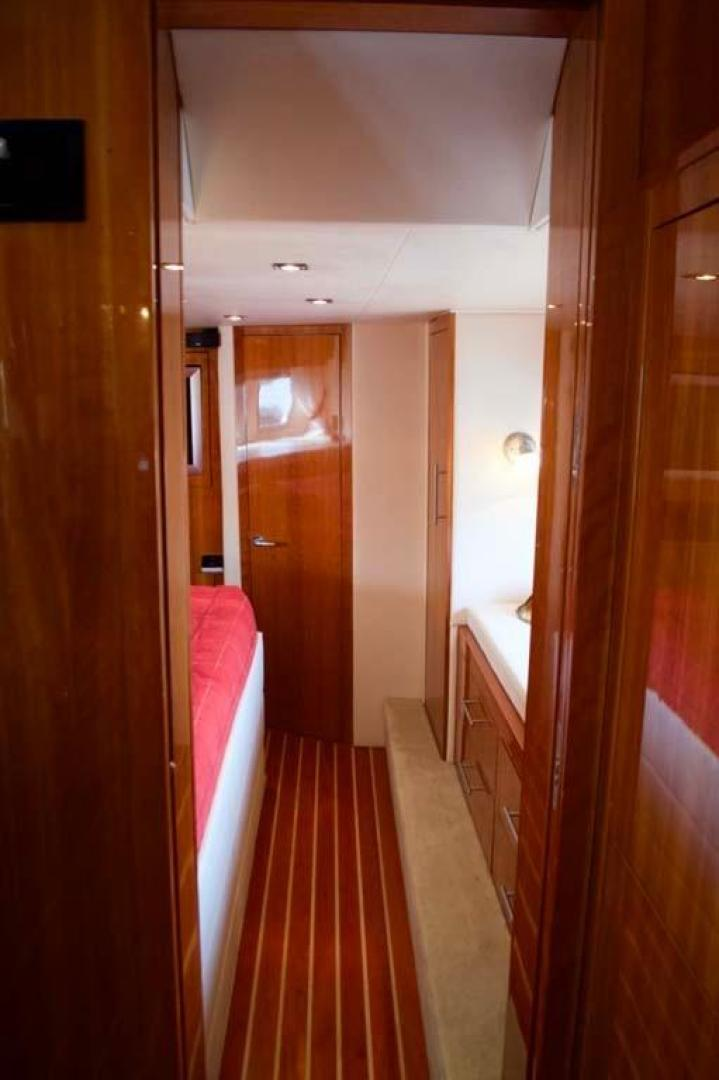 Regal-52-Sport-Coupe-2008-Sea-Ya-Windever-Long-Island-New-York-United-States-Master-Stateroom-Entry-930157