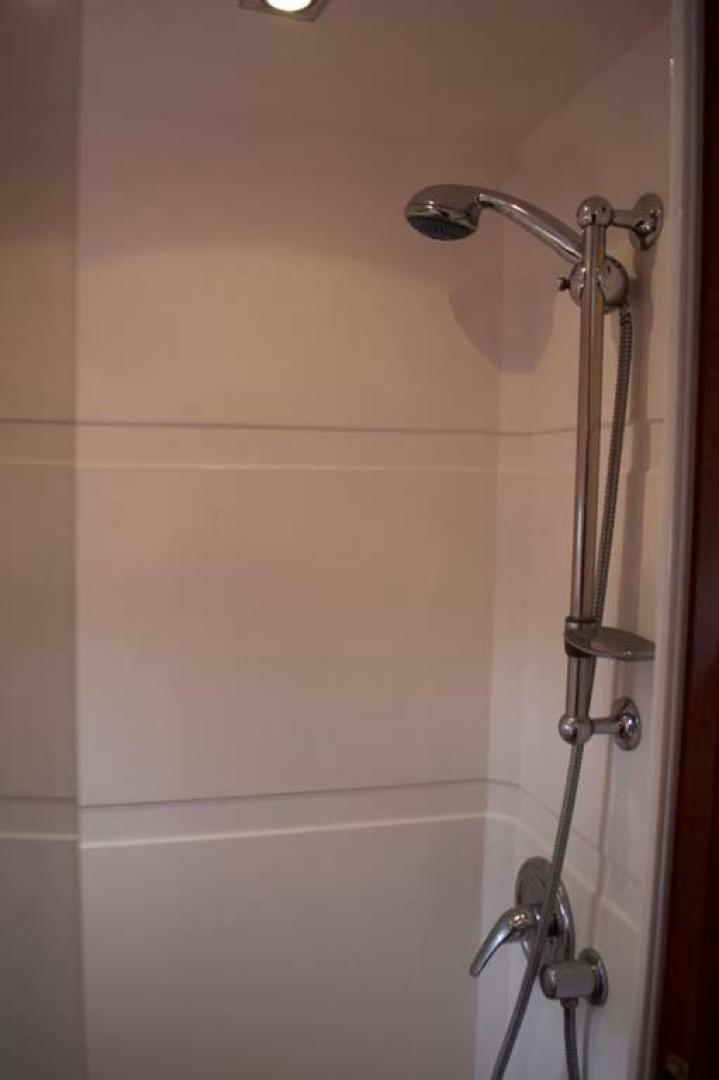 Regal-52 Sport Coupe 2008-Sea Ya Windever Long Island-New York-United States-Master Shower-930168 | Thumbnail