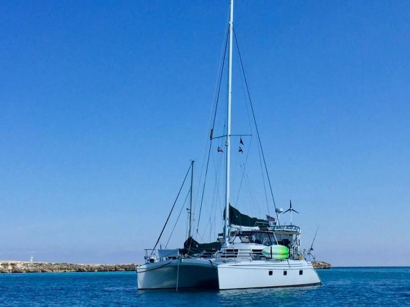 Picture Of: 44' Manta Mark II 2004 Yacht For Sale | 2 of 34
