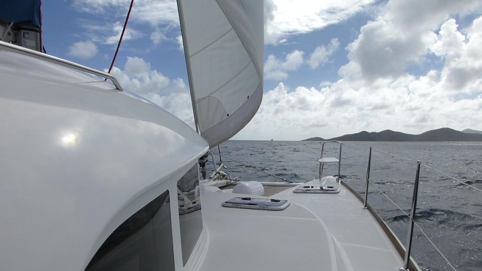 Picture Of: 38' Lagoon Lagoon 380 S2 2010 Yacht For Sale | 1 of 38