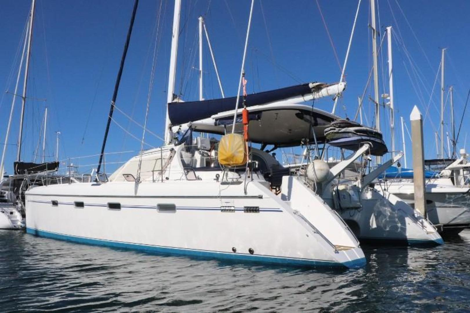 Picture Of: 44' Privilege Privilege 445 2008 Yacht For Sale | 2 of 72