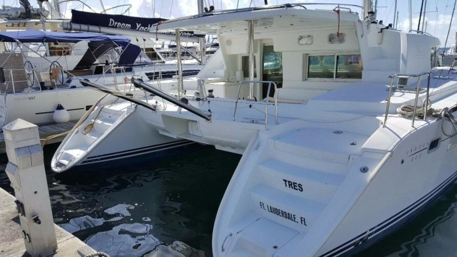 Picture Of: 44' Lagoon 440 2006 Yacht For Sale | 2 of 10
