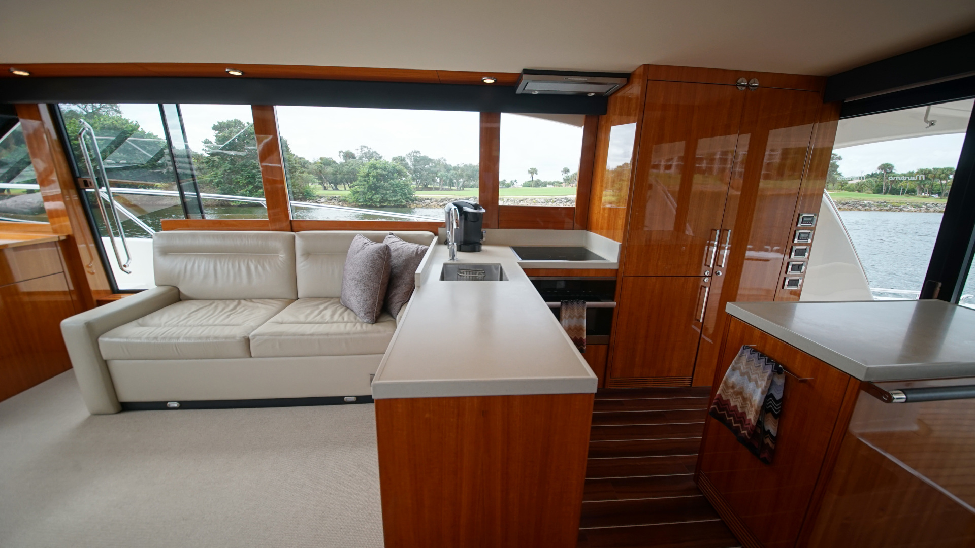 Picture Of: 58' Maritimo 58 M58 2016 Yacht For Sale | 2 of 59