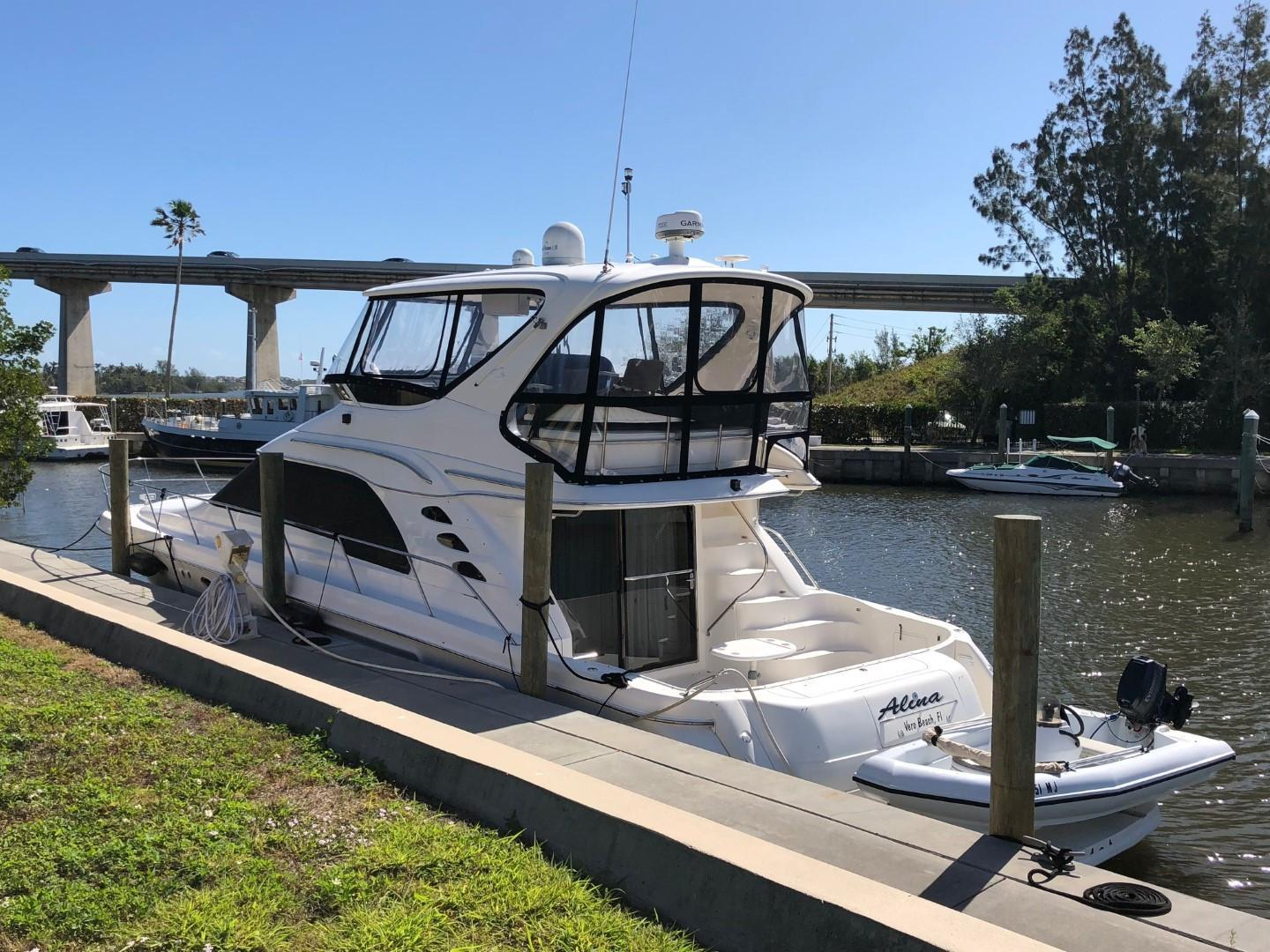 Picture Of: 56' Sea Ray 560 Sedan Bridge 1999 Yacht For Sale | 1 of 60