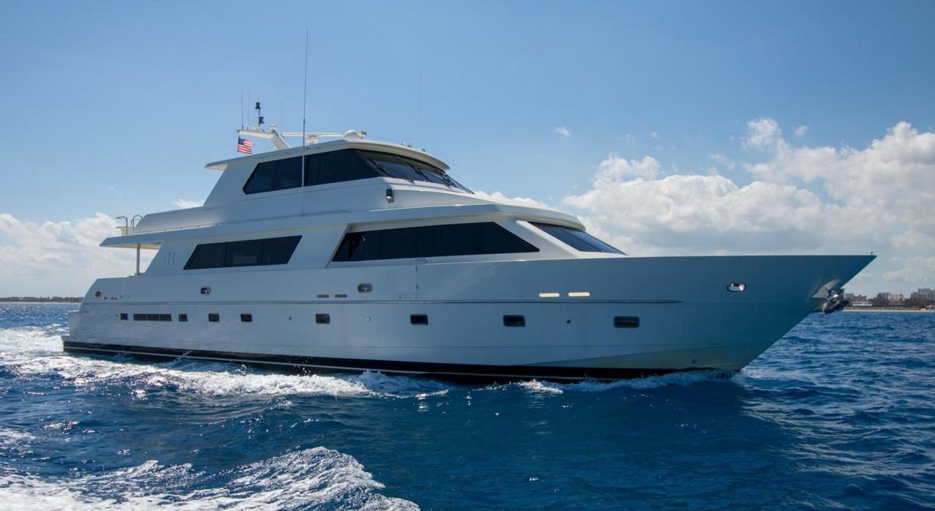 "2001 Hargrave 90' Enclosed Bridge Motor Yacht ""Common Cents"""