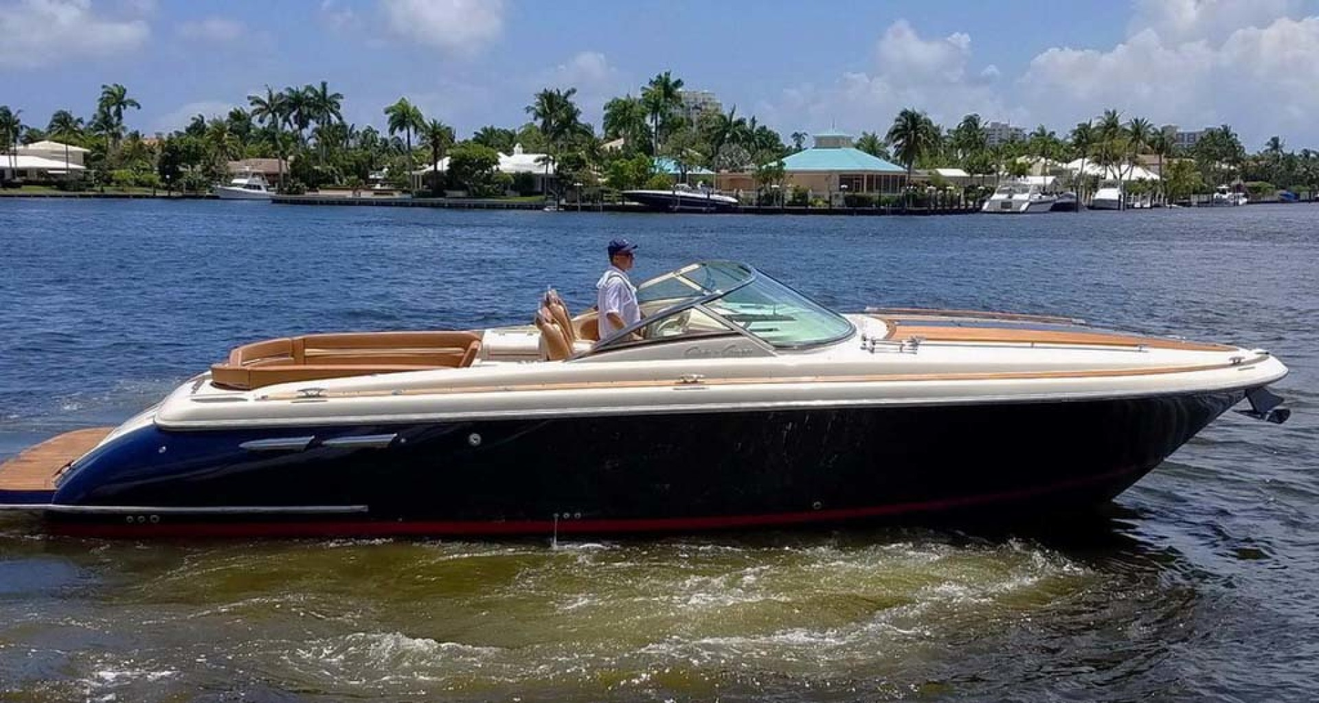 Chris-Craft-Corsair 36 2013-La Dolce Vita Fort Lauderdale-Florida-United States-Starboard View-1074560 | Thumbnail
