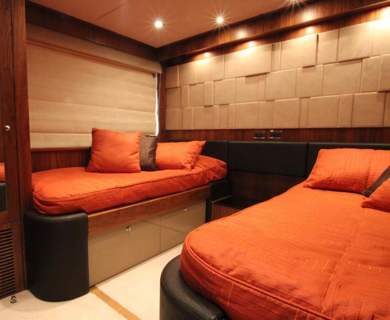 Sunseeker-Flybridge Motoryacht 2009-ANNABEL Mallorca-Spain-Port Guest Stateroom-902620 | Thumbnail