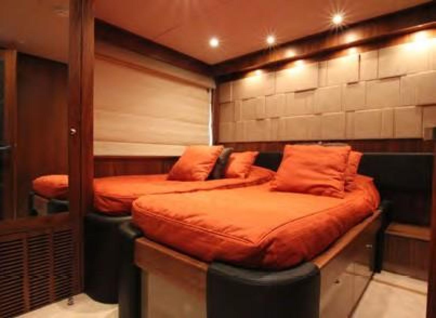 Sunseeker-Flybridge Motoryacht 2009-ANNABEL Mallorca-Spain-Starboard Guest Stateroom-902623 | Thumbnail