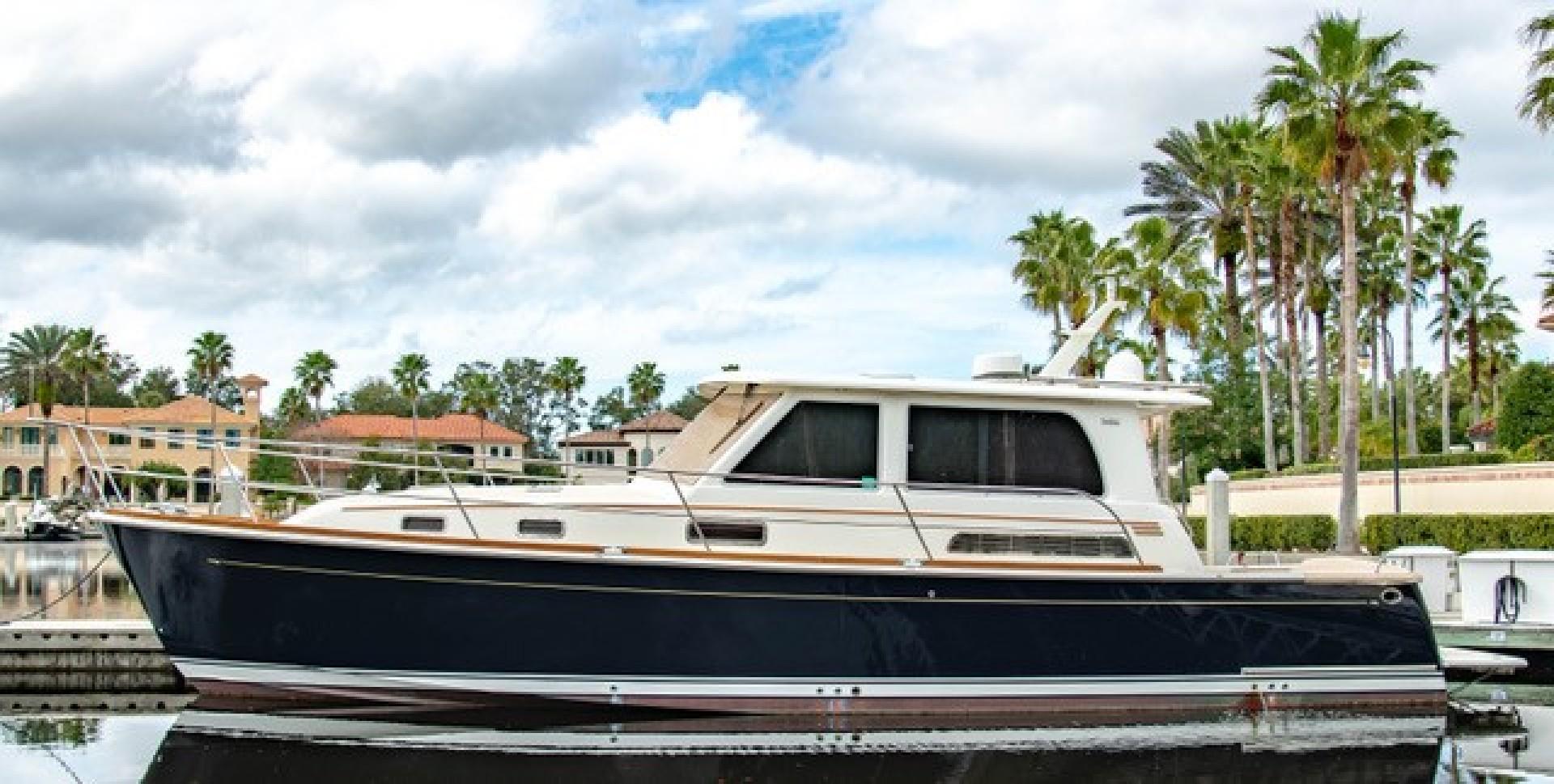 Sabre 42' 42 Salon Express 2016  Rowe Boat