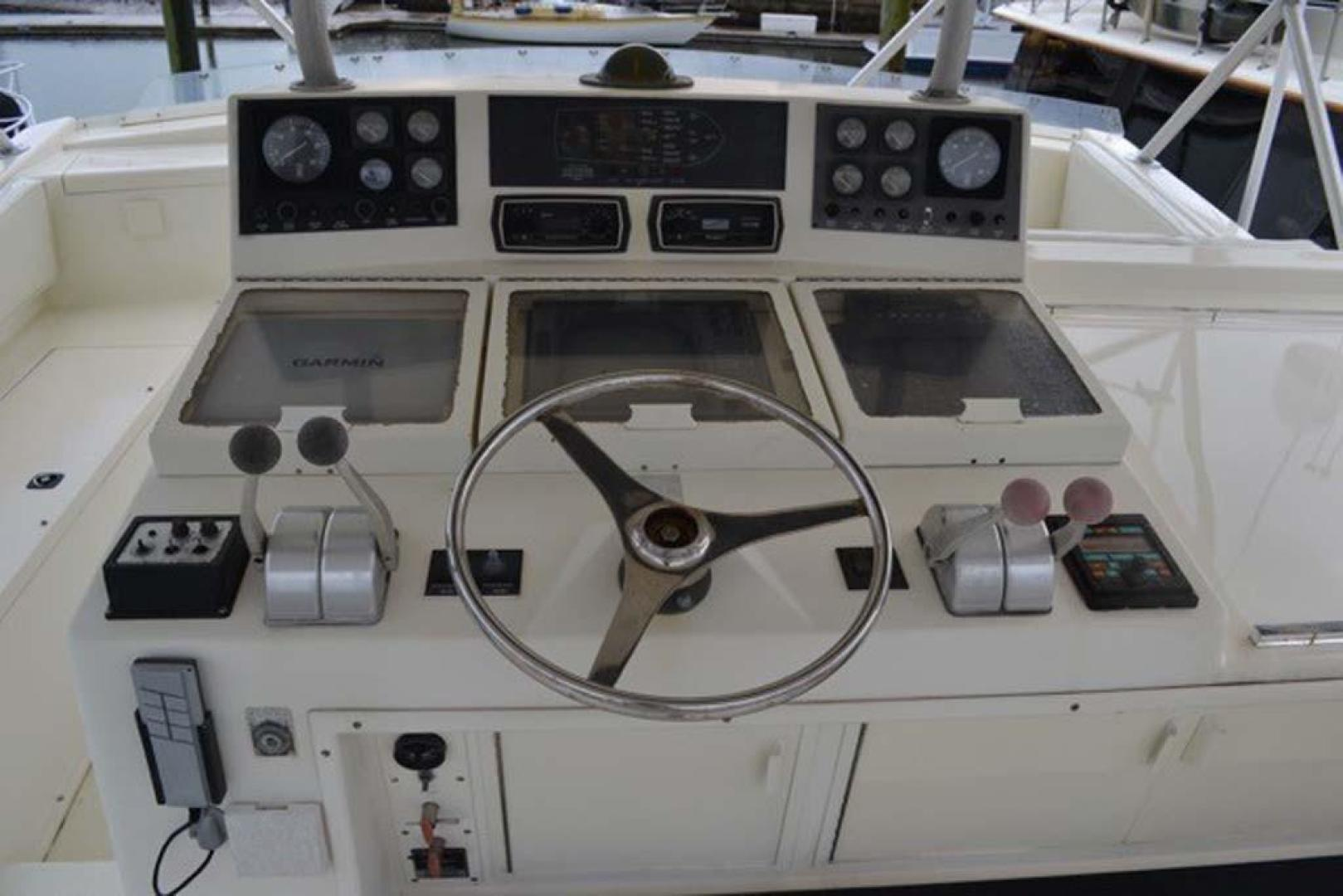 Viking-Convertible 1990-Pipe Dream St. Augustine-Florida-United States-Helm-924775 | Thumbnail