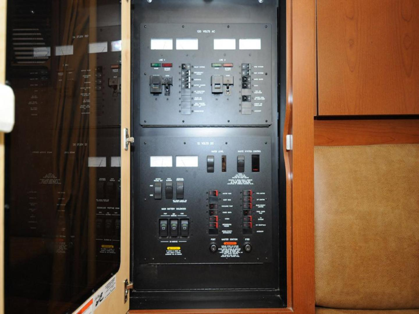Sea-Ray-38-Sundancer-2007-El-Don-North-Beach-Maryland-United-States-Electrical-Panel-923286