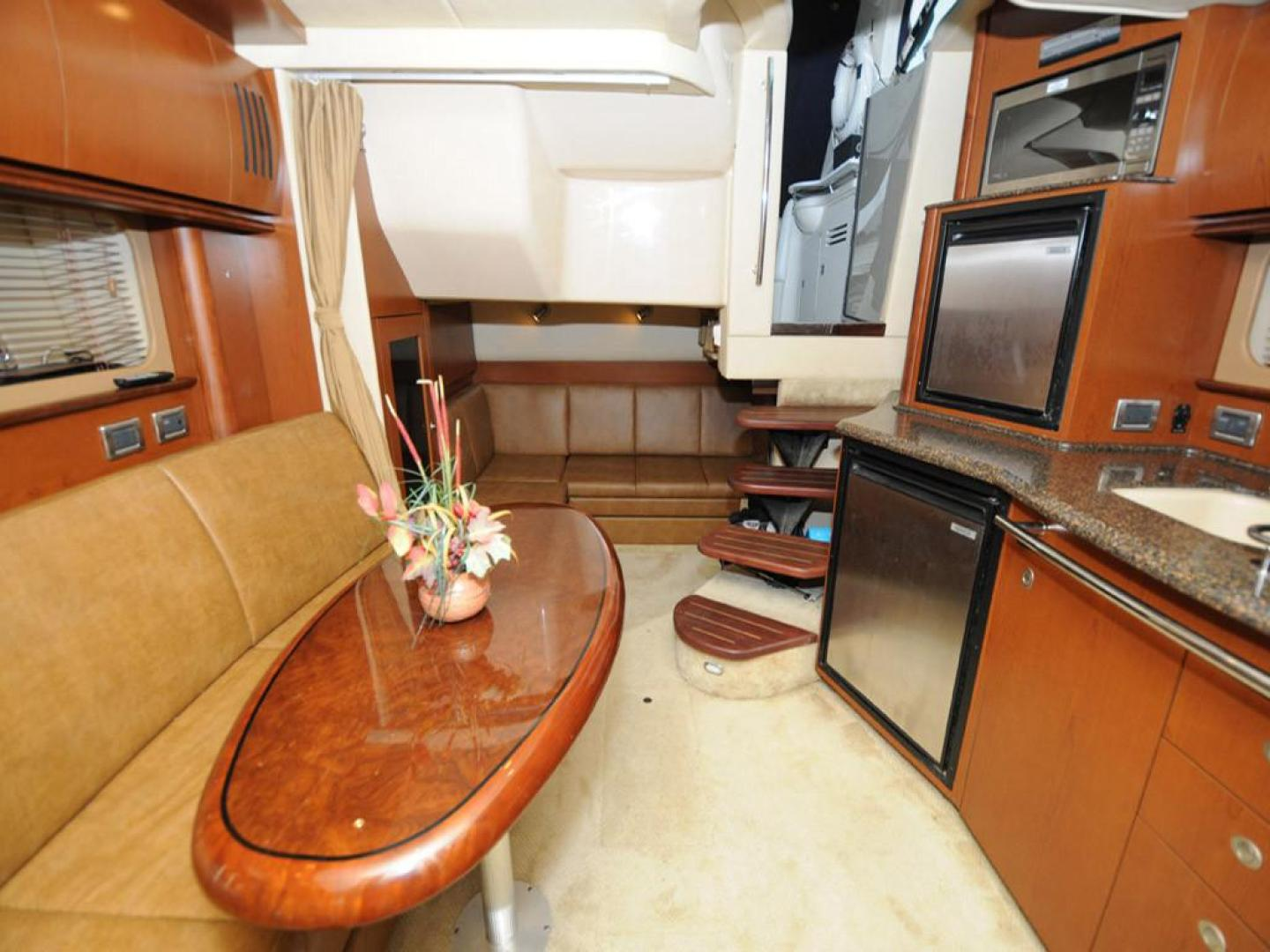 Sea Ray-38 Sundancer 2007-El Don North Beach-Maryland-United States-Salon Aft View-923242 | Thumbnail