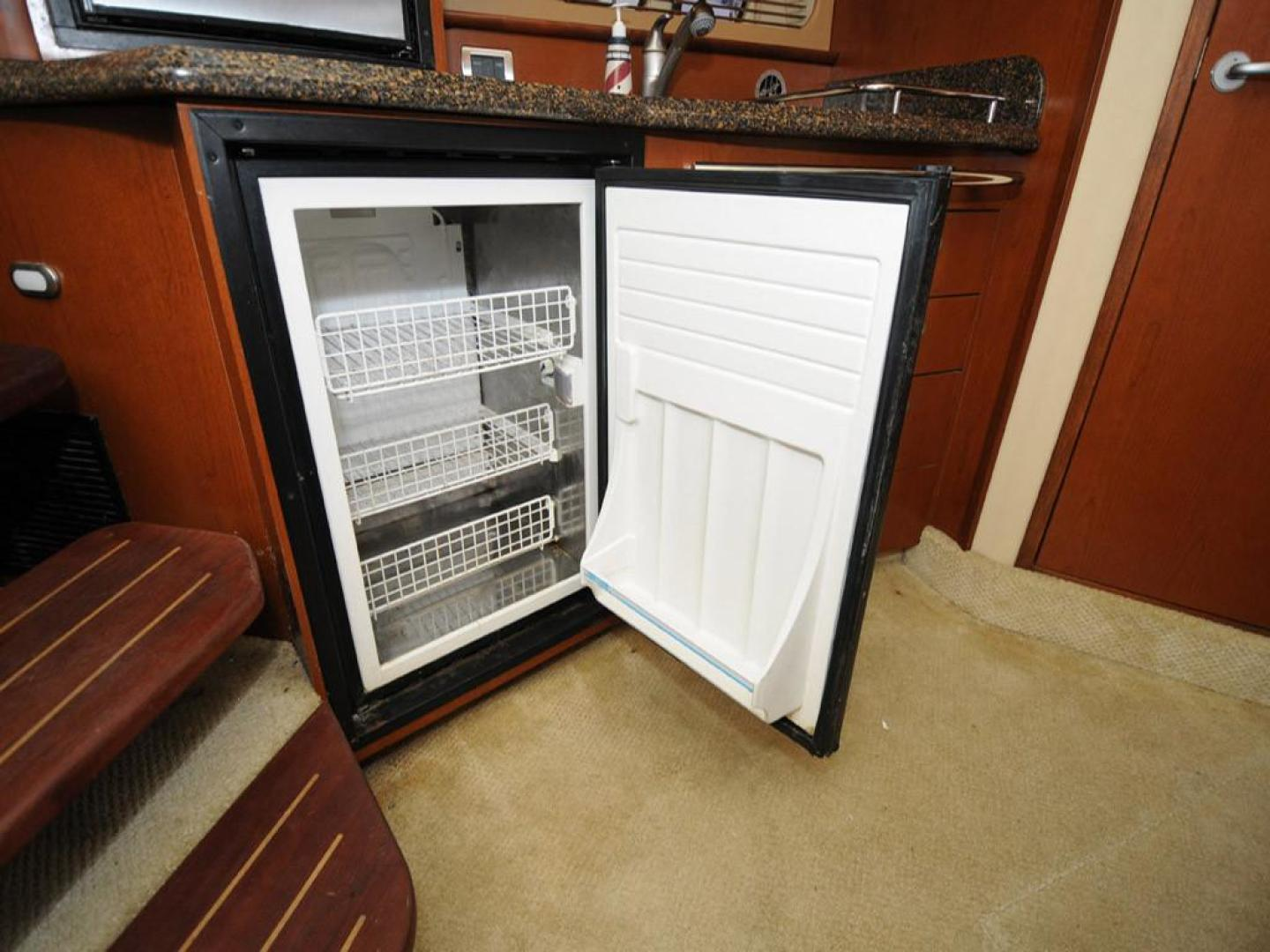 Sea Ray-38 Sundancer 2007-El Don North Beach-Maryland-United States-Galley Refrigerator-923254 | Thumbnail