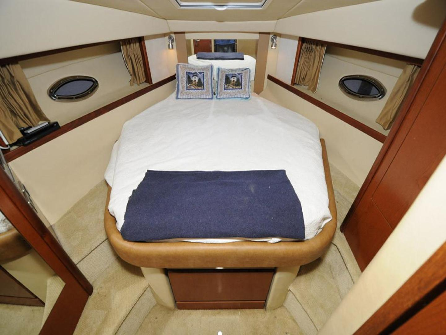 Sea Ray-38 Sundancer 2007-El Don North Beach-Maryland-United States-Master Stateroom-923261 | Thumbnail