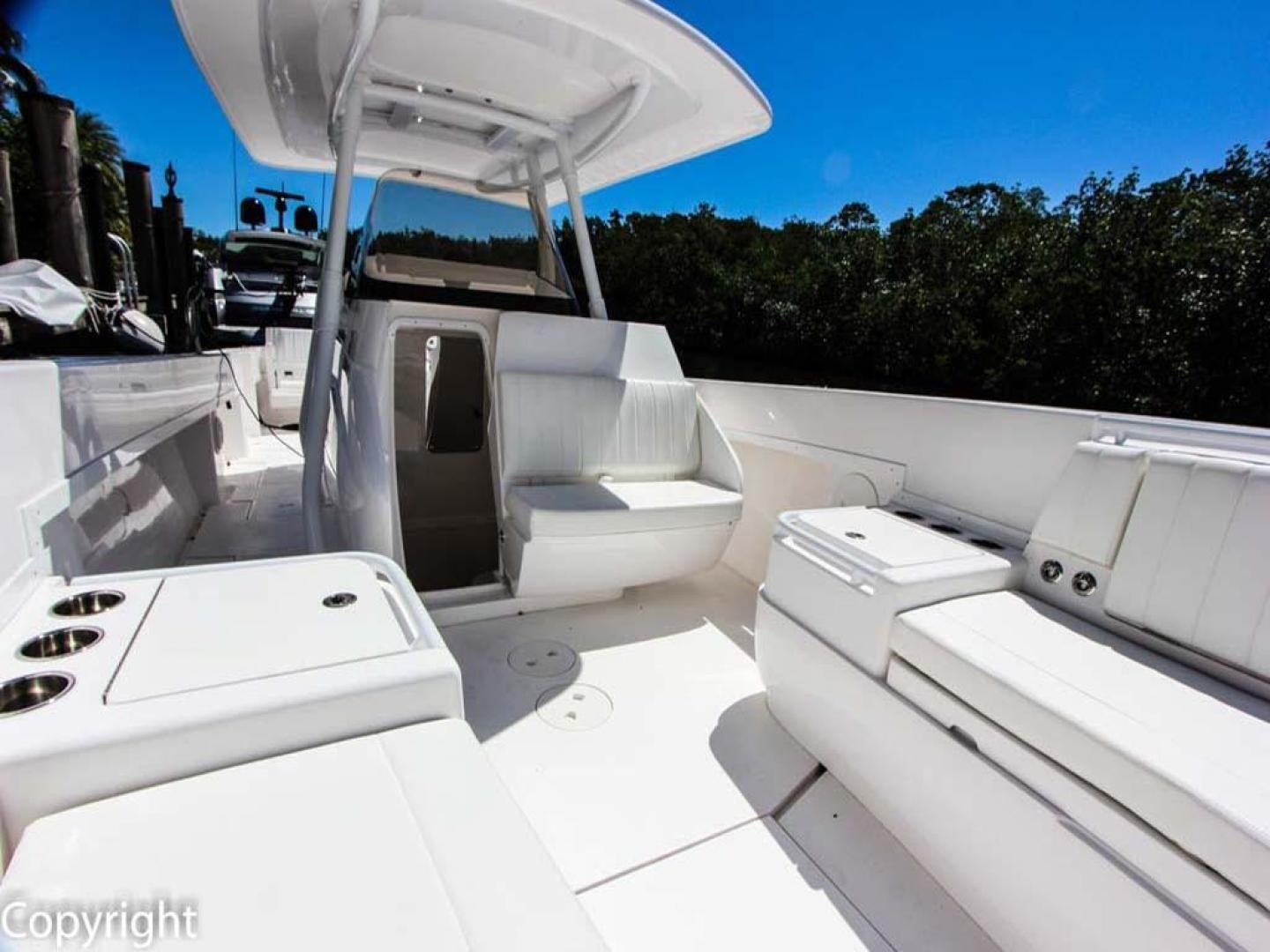 Intrepid-375 Center Console 2017 -Coral Gables-Florida-United States-Helm and Forward Area-918535 | Thumbnail
