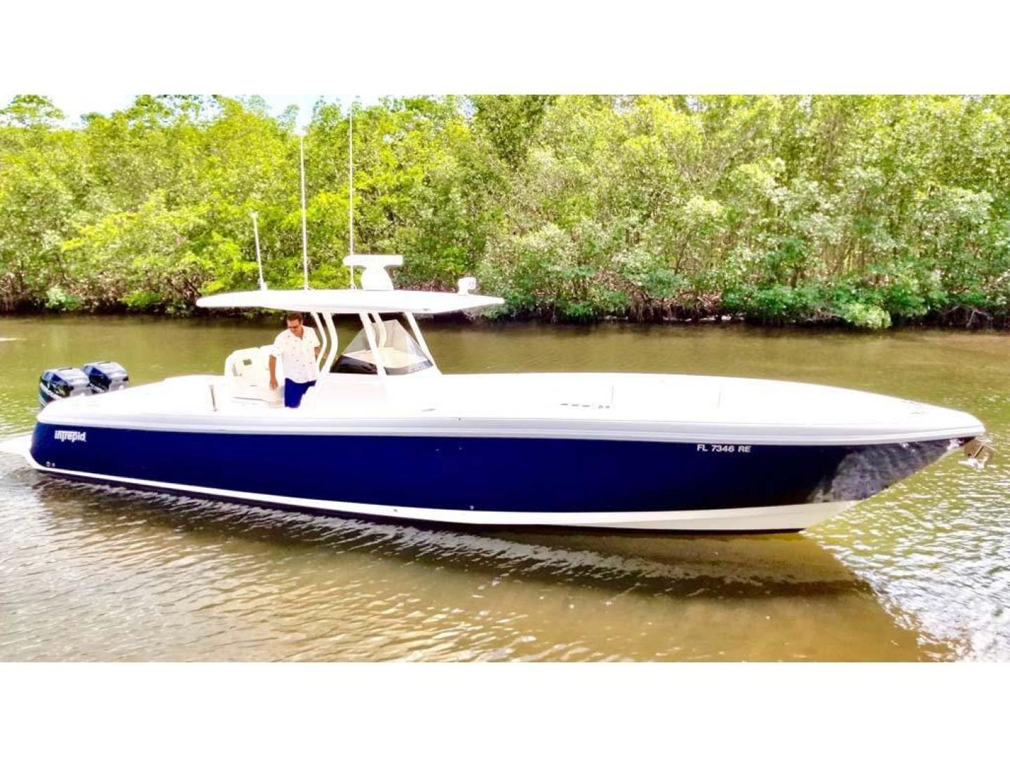 Intrepid-375 Center Console 2017 -Coral Gables-Florida-United States-Profile-918527 | Thumbnail