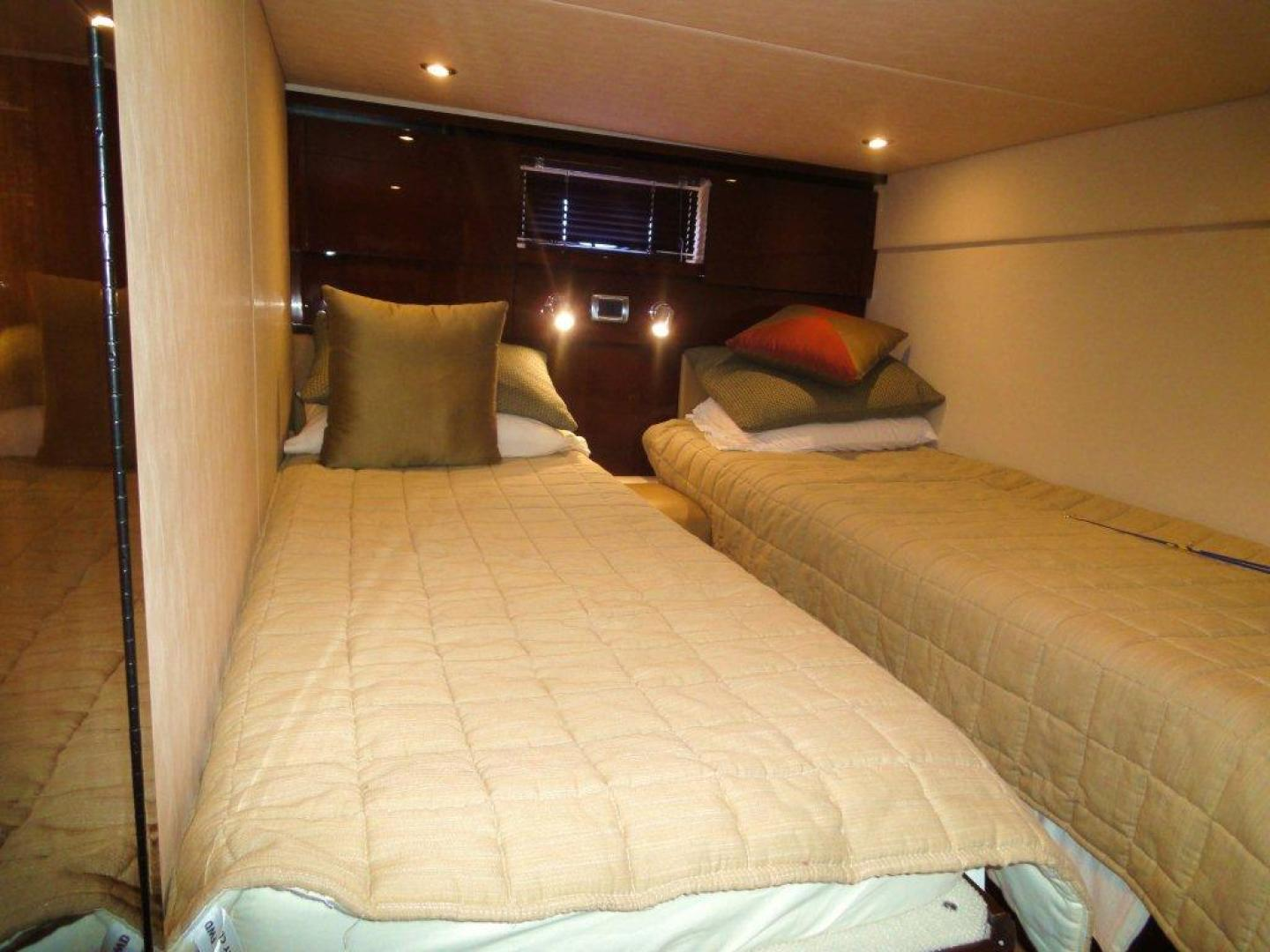 Sea Ray-48 Sundancer 2008-Francesca Coconut Grove-Florida-United States-Guest Stateroom-918635 | Thumbnail