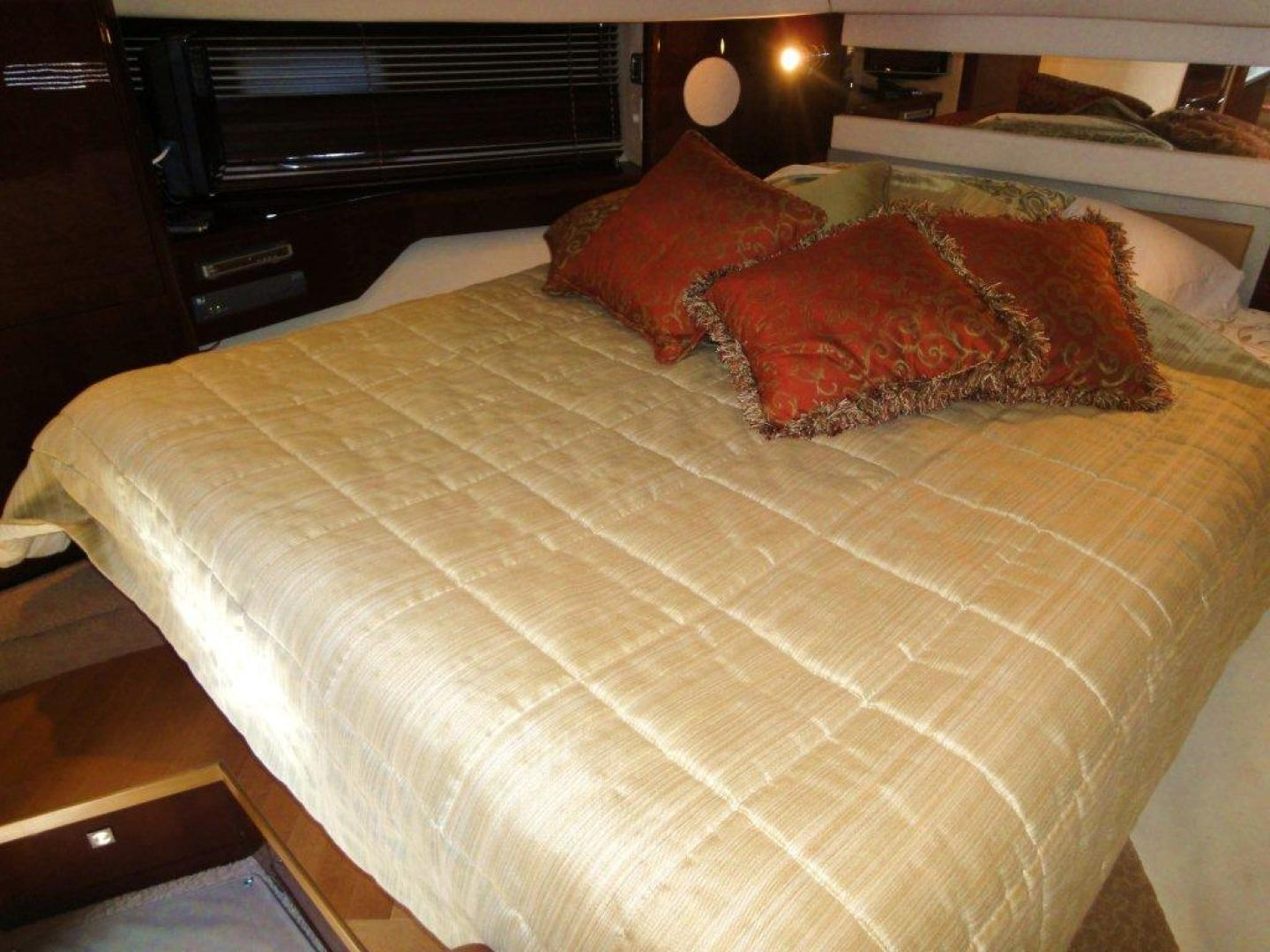Sea Ray-48 Sundancer 2008-Francesca Coconut Grove-Florida-United States-Master Stateroom-918626 | Thumbnail