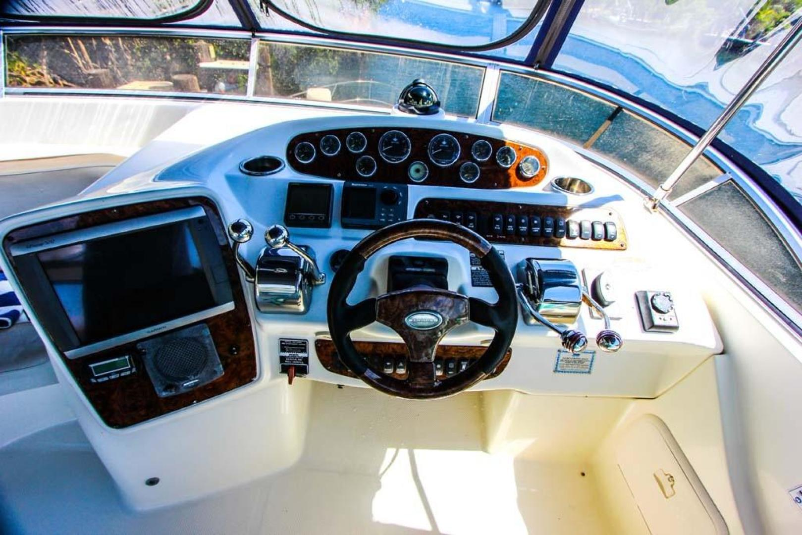 Meridian-411 Sedan Bridge 2006-Mar Cella Miami-Florida-United States-Helm-918709 | Thumbnail