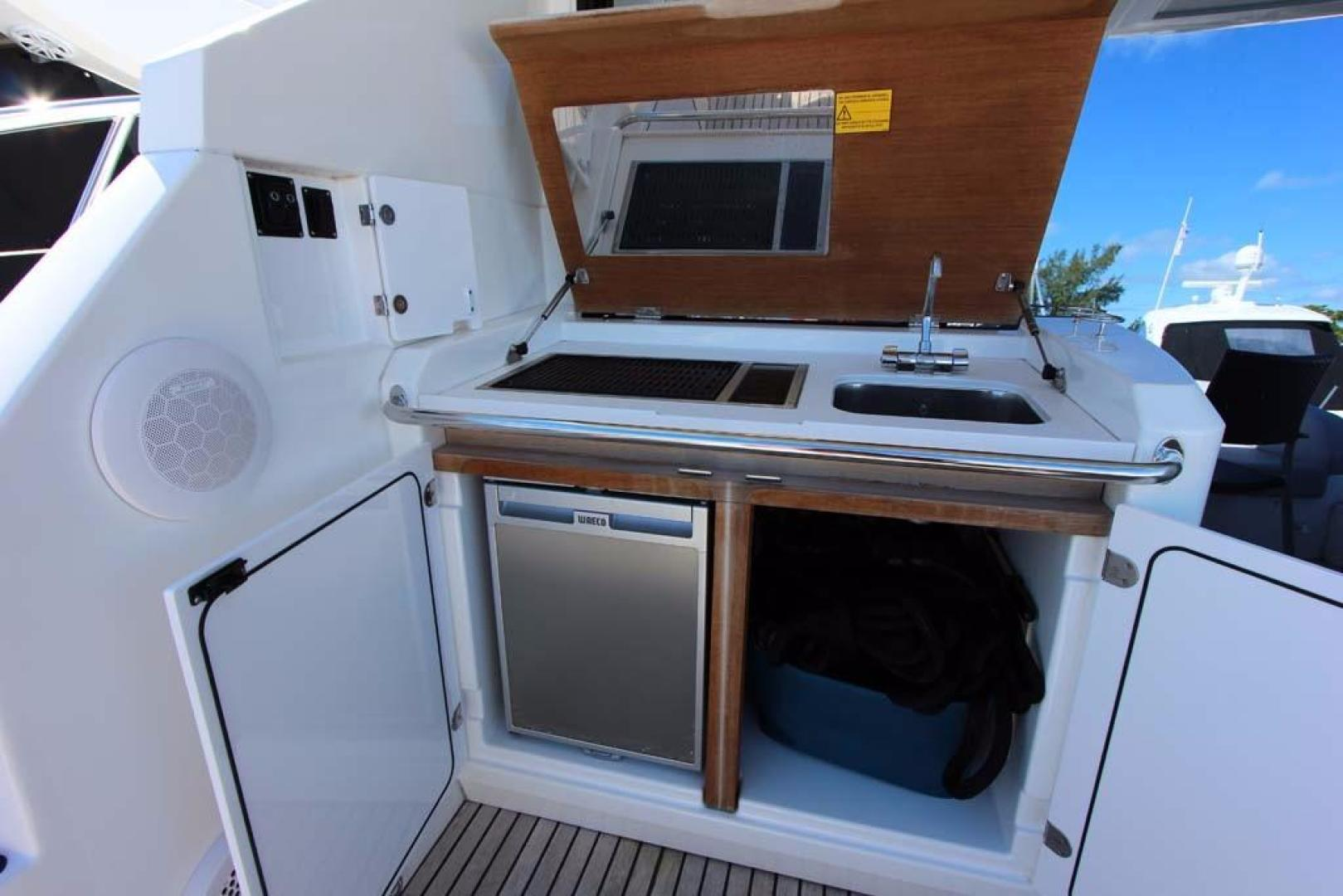 Beneteau-49 GT 2014 -Key Biscayne-Florida-United States-Wet Bar-918804 | Thumbnail