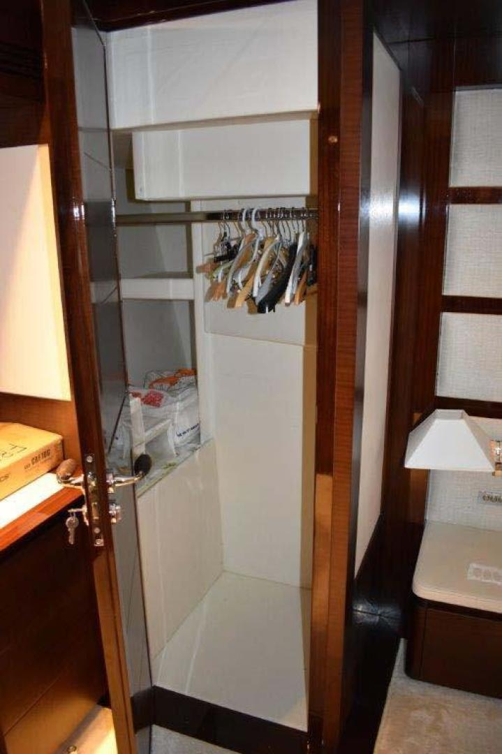 PerMare-Amer 92 2010-Lady H Sanremo-Italy-Owners Cabin Hanging Locker-923786 | Thumbnail