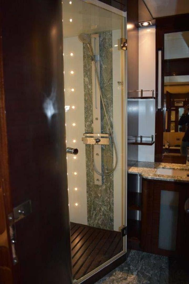 PerMare-Amer 92 2010-Lady H Sanremo-Italy-Guest Cabin Shower-923803 | Thumbnail