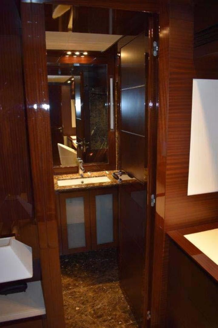 PerMare-Amer 92 2010-Lady H Sanremo-Italy-Owners Cabin Head Entry-923789 | Thumbnail