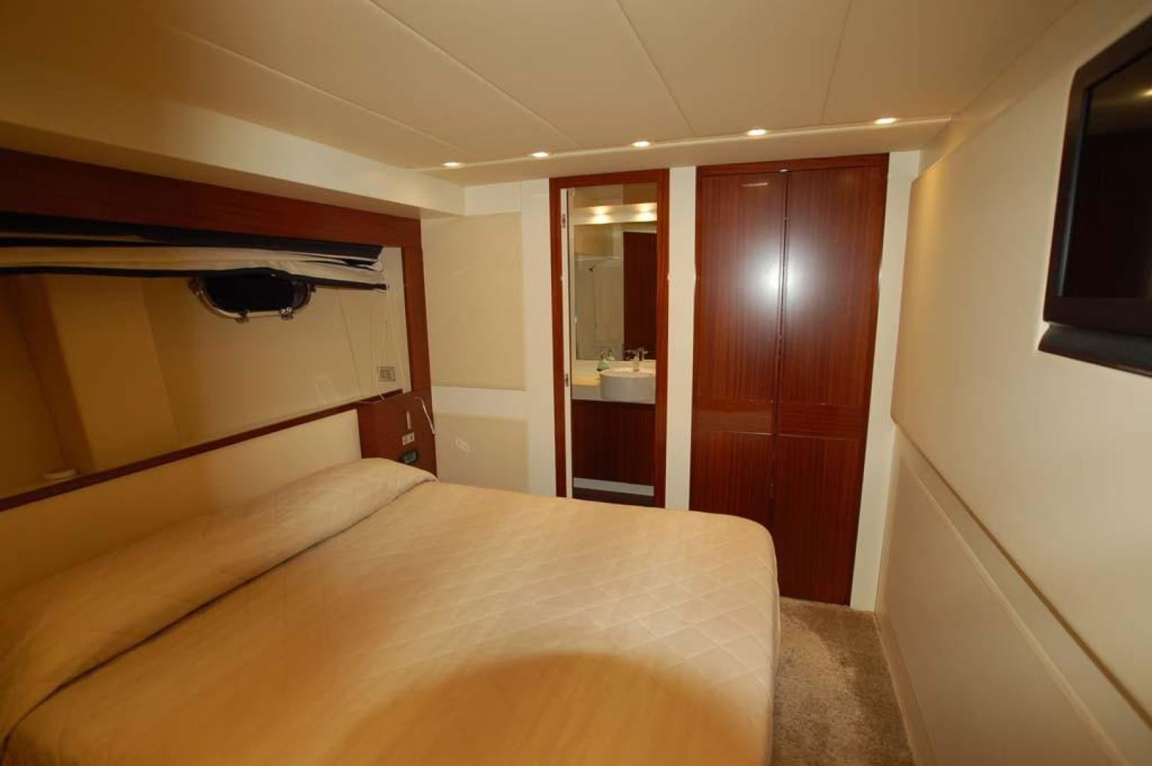 PerMare-Amer 92 2009-Elenoire ll Sanremo Florida-Italy-VIP Stateroom-923822 | Thumbnail