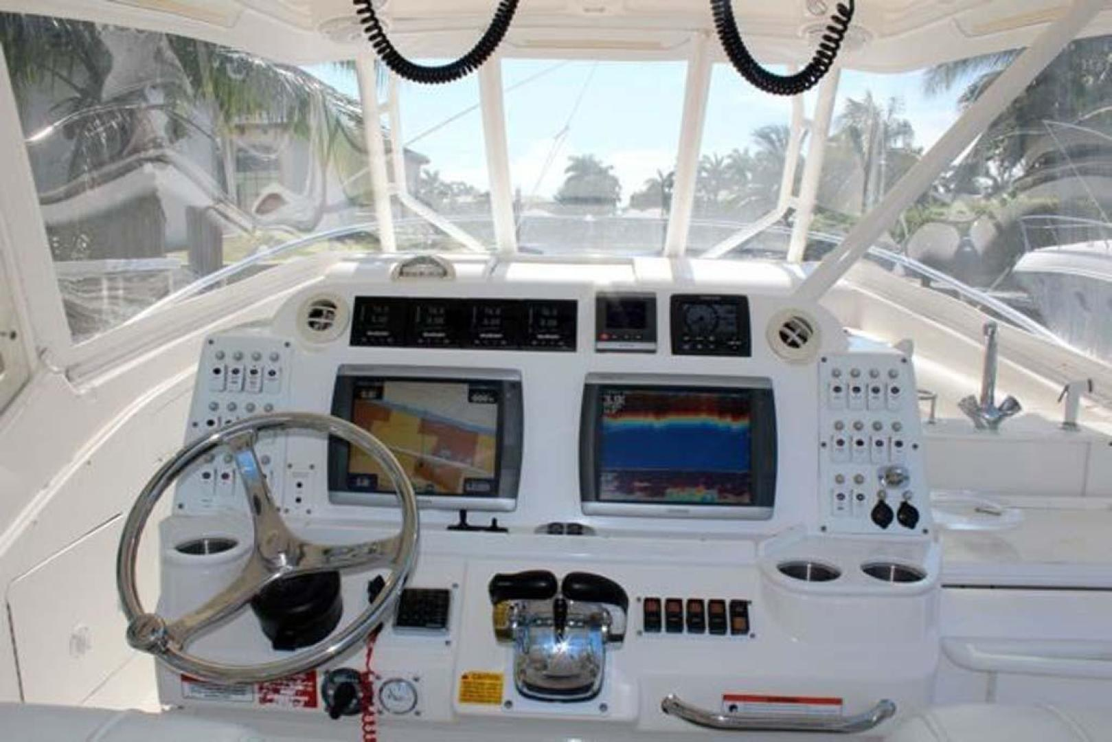 Everglades-35 LX NEW POWER 2010 -Delray Beach-Florida-United States-Helm-923987 | Thumbnail