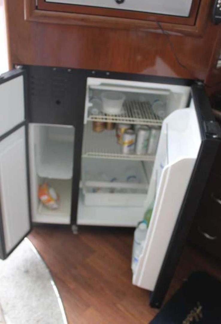 Carver-38 Super Sport 2007-Amazed Wildwood-New Jersey-United States-Refrigerator / Freezer-928143 | Thumbnail