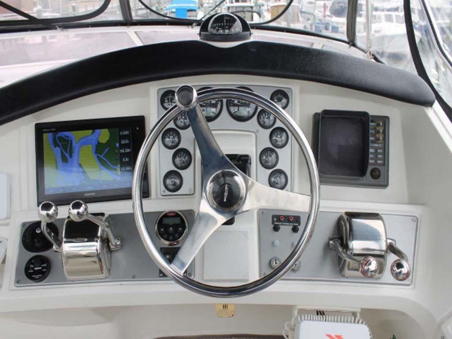 Carver-38 Super Sport 2007-Amazed Wildwood-New Jersey-United States-Helm-928154 | Thumbnail